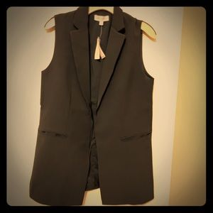 Long hip long vest jacket. never worn. new&tags
